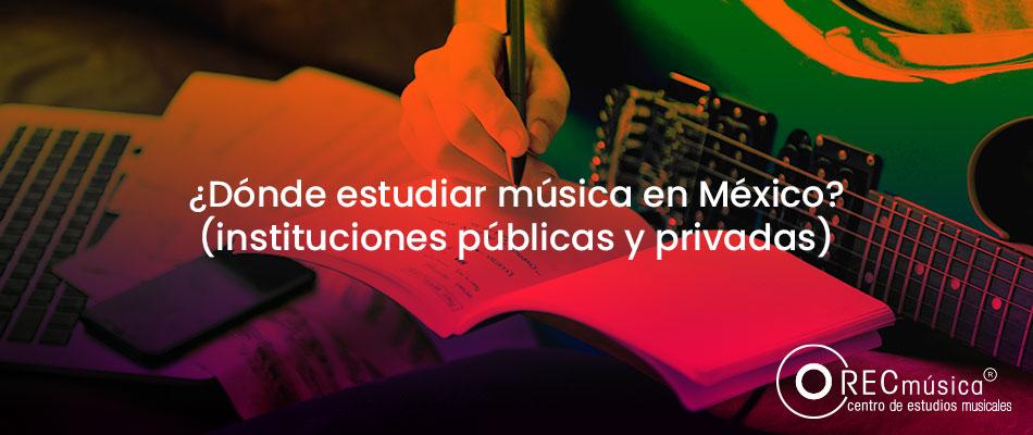 músico-componiendo-música